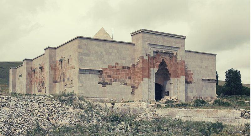 Alay Han Kervansarayı Hakkında