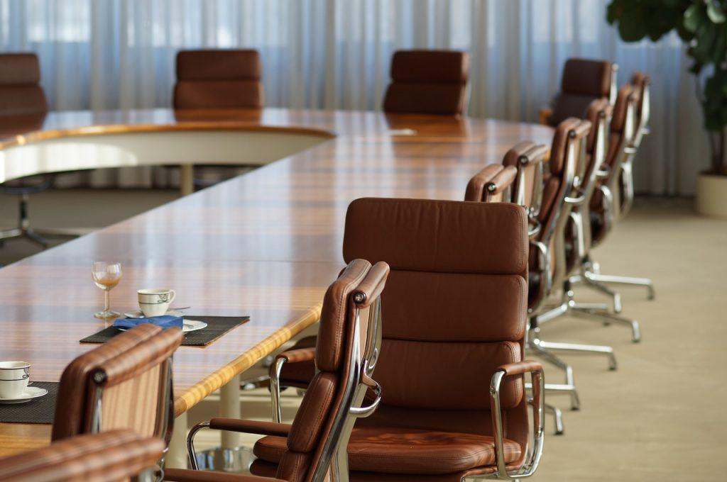 Açık Oturumlar İle Panel Arasındaki Farklar Hakkında