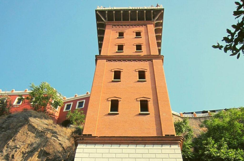 İzmir Tarihi Asansör - Gezilecek Yerler