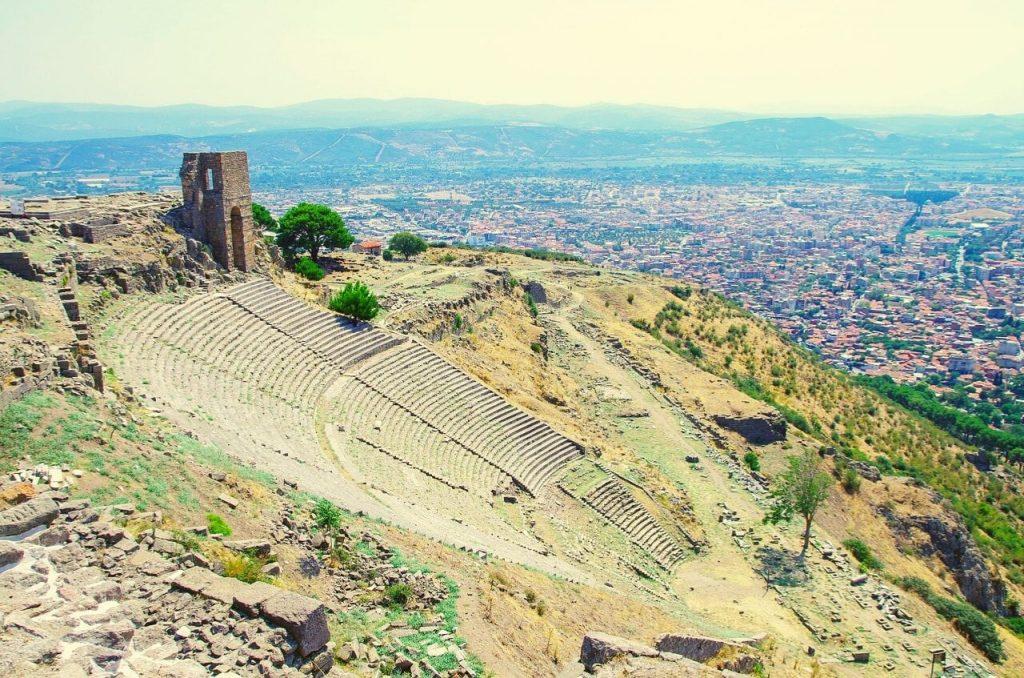 Pergamon Antik Kenti - İzmir Gezilecek Yerler