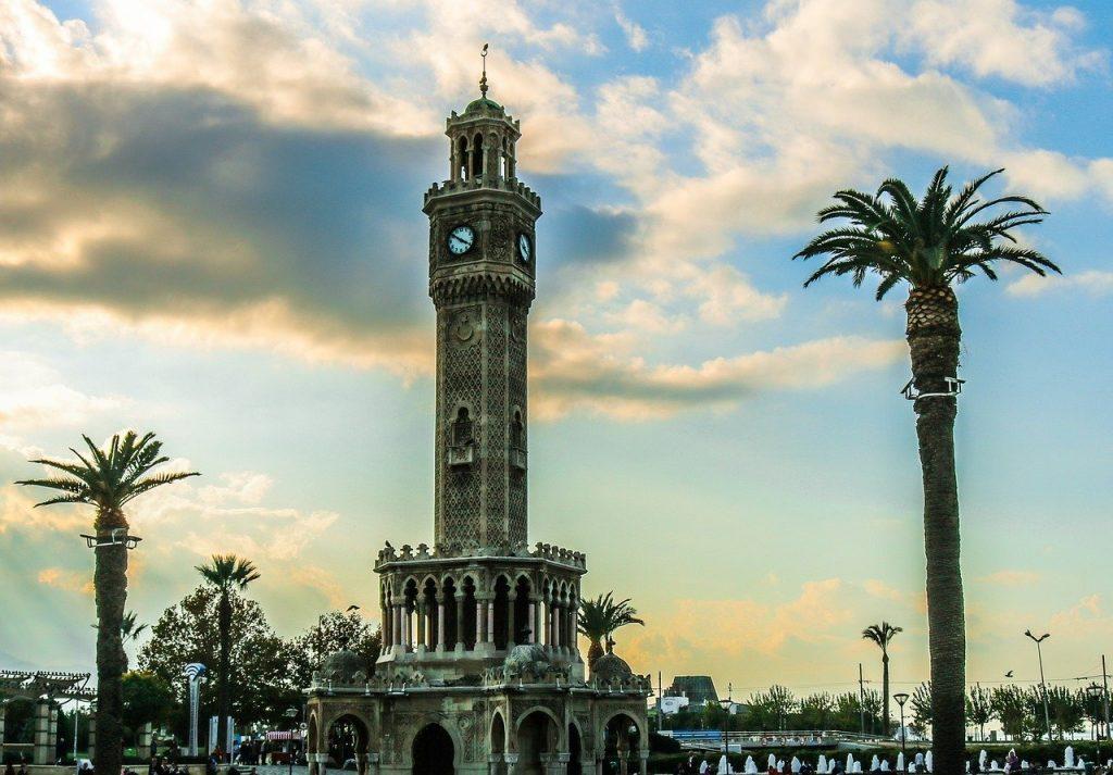 İzmir Saat Kulesi Hakkında Bilgiler