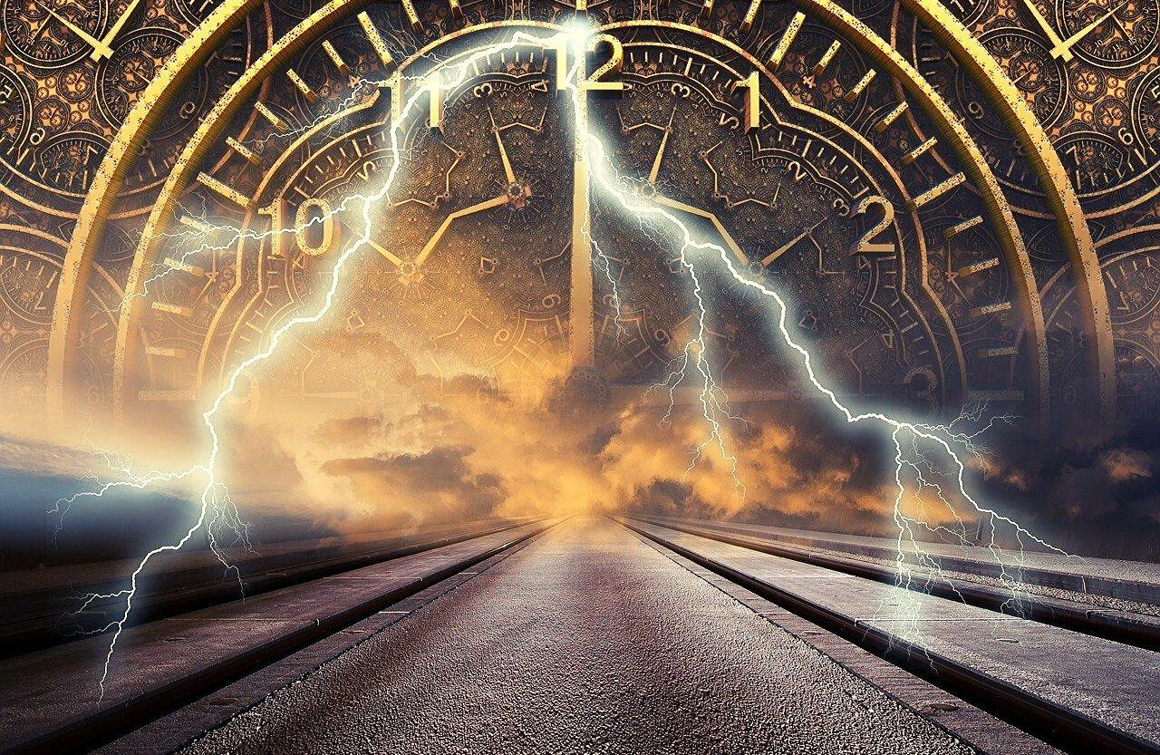 zamanda yolculuk ve zaman makinesi